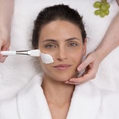 Bono Regalo Tratamiento Facial Antiedad Global – 50 min